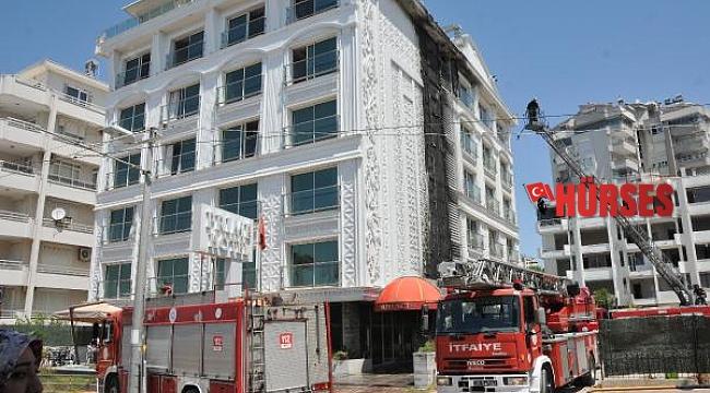 Antalya'da otelde yangın çıktı, müşteriler tahliye edildi