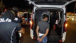 Antalya'da 4 çocuğun şehri birbirine katan turu karakolda bitti