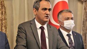 Bakan Özer'den Antalya'ya 12 ilkokul müjdesi