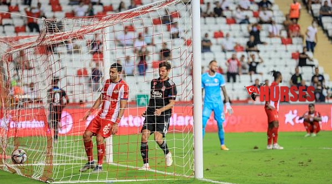 Fraport TAV Antalyaspor- Beşiktaş: 2-3