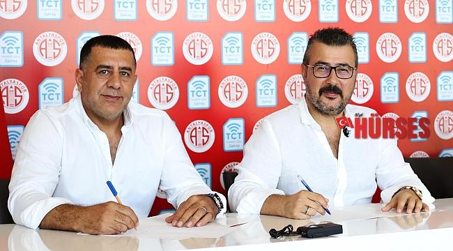 FTA Antalyaspor, yeni sponsorluğuna imza attı