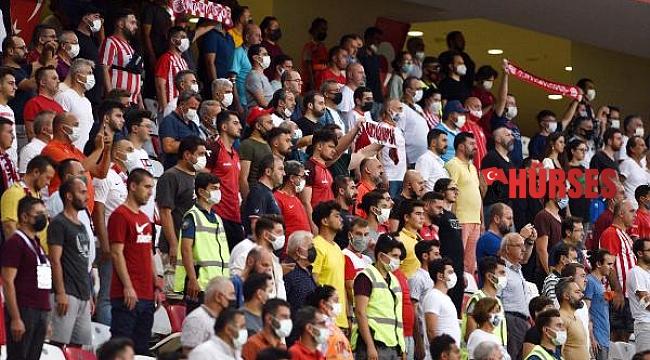 Maç biletleri satışta