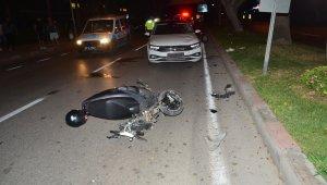 Ters yöne giren motosiklet, araçla kafa kafaya çarpıştı: 1 yaralı