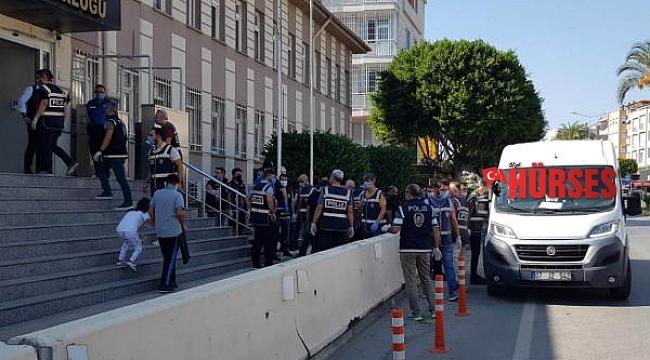 Manavgat'ta 'Yıldırım' operasyonu: 18 gözaltı