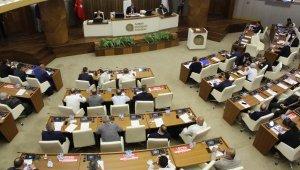 Mecliste ittifak bozuldu, kahkahalar havada uçuştu