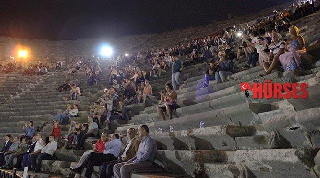 Antik Tiyatroda film müzikleri