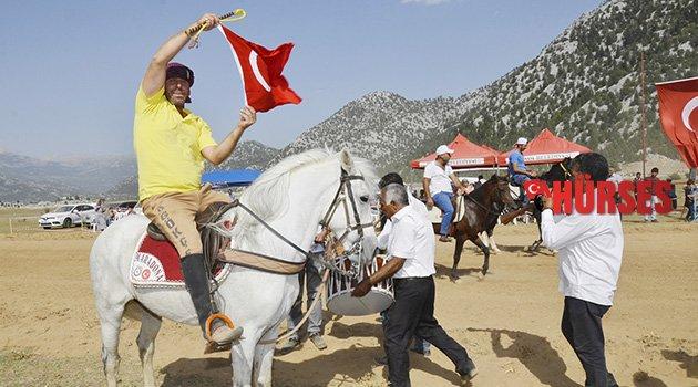 İbradı'da at yarışı heyecanı