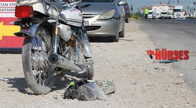 Motosiklet yayaya çarptı: 1'i ağır 3 yaralı