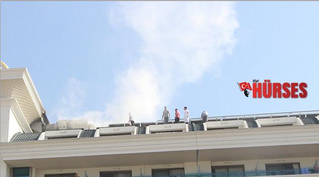 Otelden yükselen  duman panik yarattı