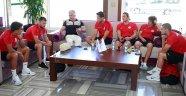 Antalyaspor Hollanda'ya gitti