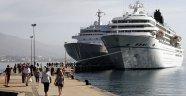 Denizden Alanya'ya turist yağdı