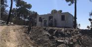 Evi yanan iki aileye  konteyner ev verildi