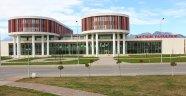 İletişim Fakültesi yeni binasında