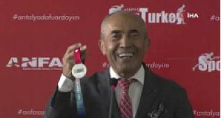 Antalya'da 2. Spor Ekipmanları, Takviye Ürünleri ve Aktiviteleri Fuarı başladı