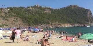 Alanya'da plajlar doldu