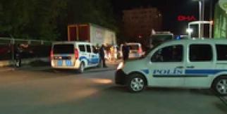 Dur ihtarına uymayan alkollü sürücü polise çarptı