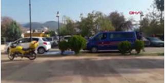 Jandarmayı görünce otobüste intihara kalkıştı