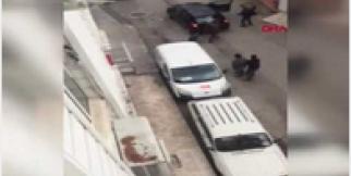 2 kişinin yaralandığı 'silahlı kavga' kamerada